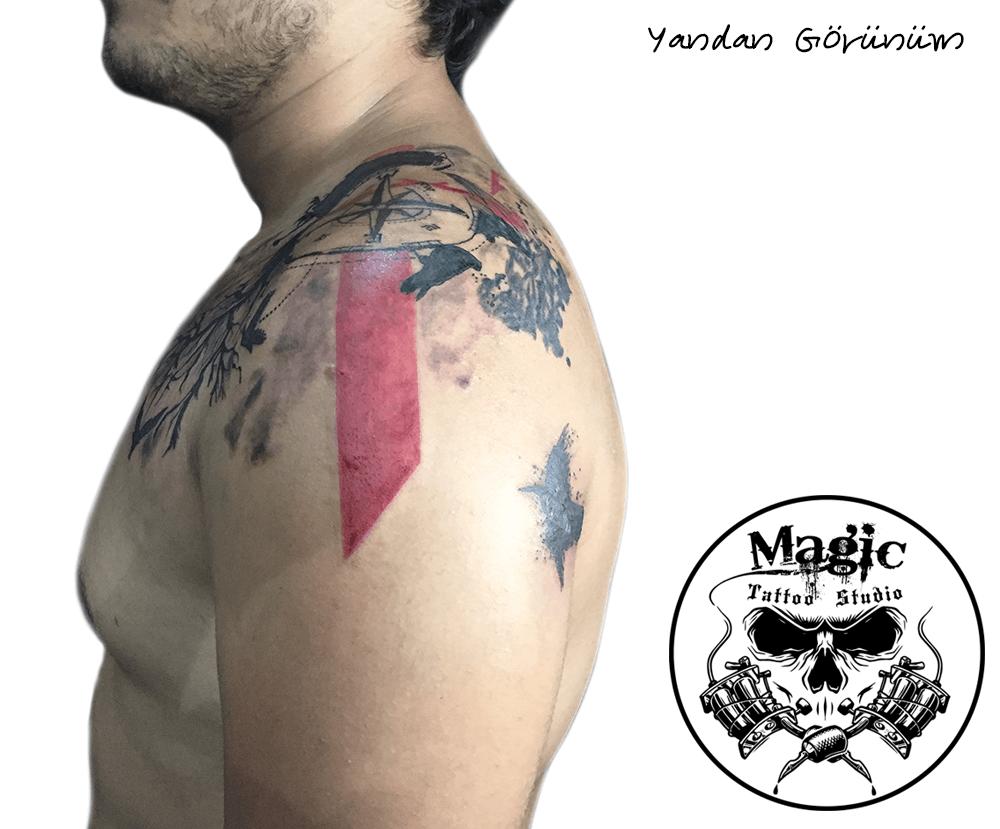 Leke Kapatma Dövme Modeli - Göğüs ve Omuz (Yandan görünüm)